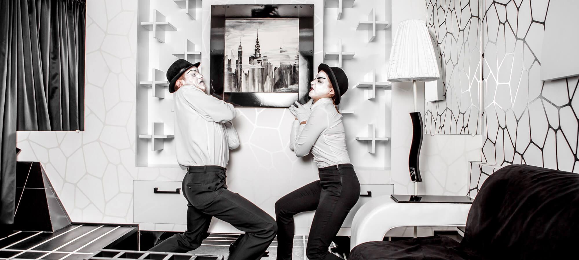 3 Фото квест комнаты Черно-белая история (магия) в городе Киев