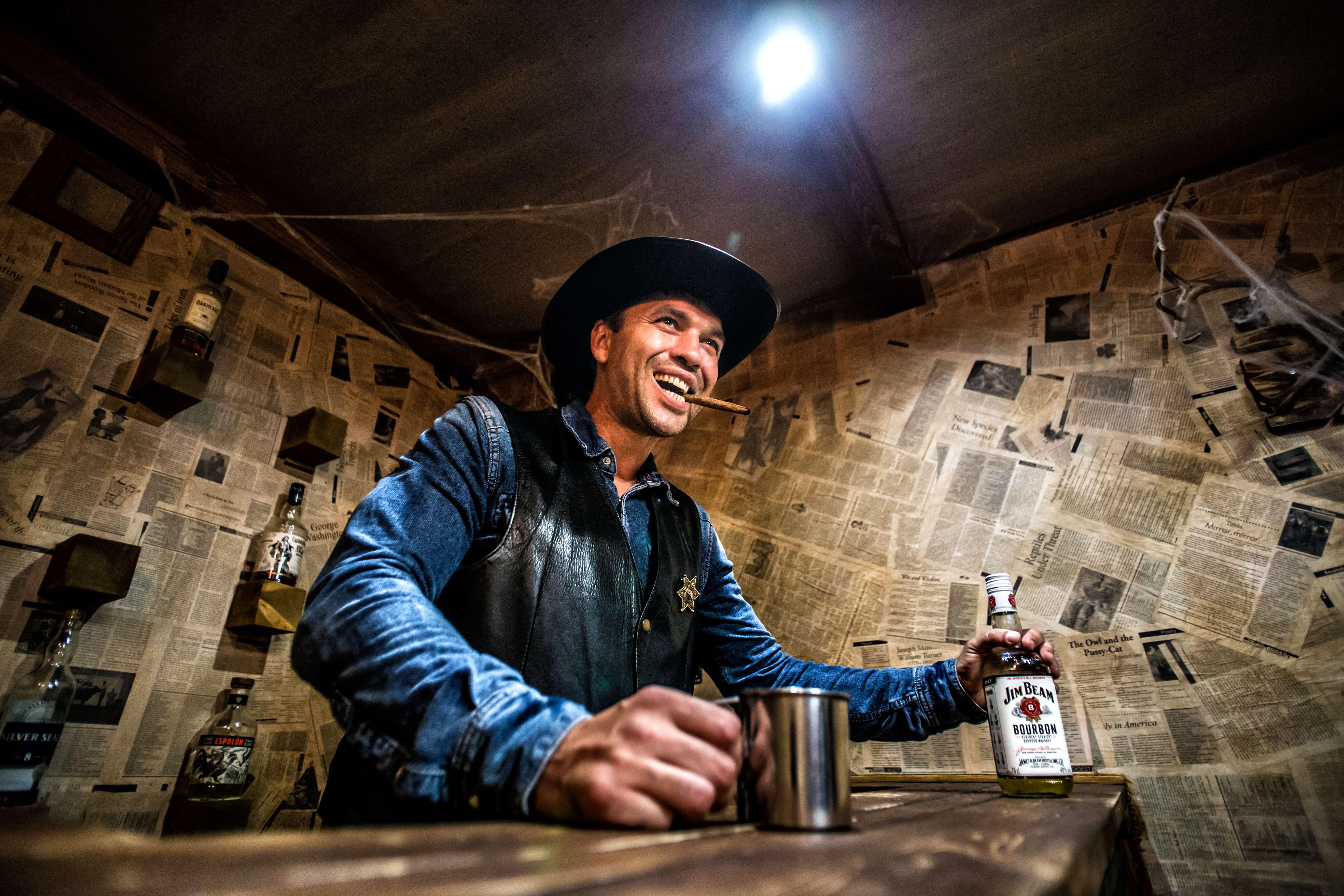 2 Фото квест комнаты Wild Wild Q`West Проклятие ковбоя Джонни в городе Николаев