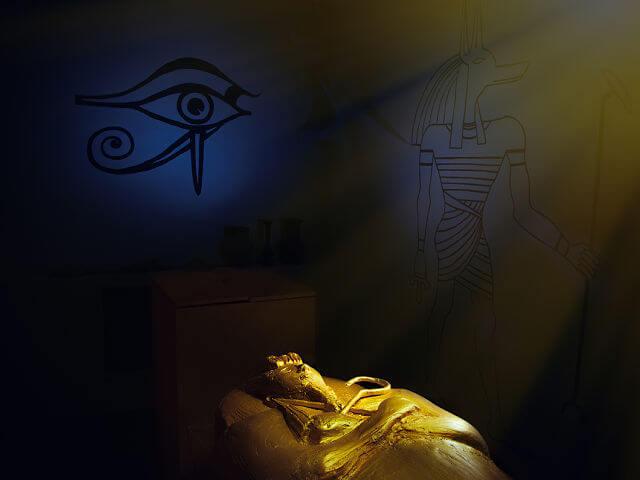 Фото квест кімнати прокляття Тутанхамона в місті Київ