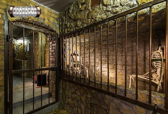 Картинка квест комнаты Застенки инквизиции в городе Киев